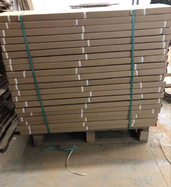 barn board planks pallet side view